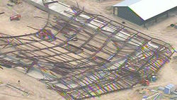 Обрушившийся спорткомплекс в Техасе