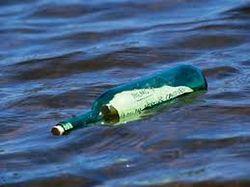 Спустя 76 лет брошенная в море бутылка с письмом дошла до адресата