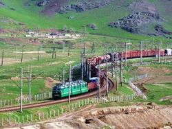 В Узбекистане началось строительство железной дороги Ангрен–Пап