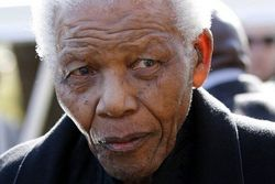 Бывший президент ЮАР Нельсон Мандела находится в критическом состоянии