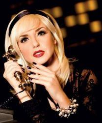 Оксана Марченко удивила новым цветом волос