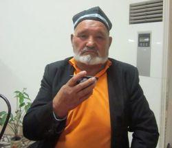 В Узбекистане избили родственников оппозиционера,пикетировавших прокуратуру