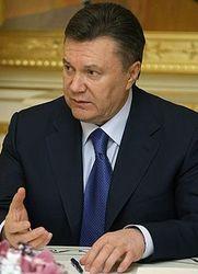 Президент Янукович просит Раду уволить главу ЦИК Шаповала