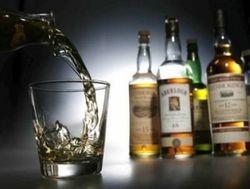 Крепкие алкогольные напитки подорожали на четверть в Беларуси