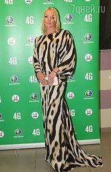 PR и шоу-бизнес: Волочкова никого не удивила на церемонии МУЗ-ТВ 2013