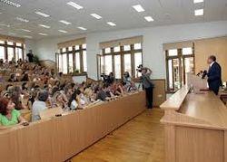 СМИ: Начало учебного года в Крыму перенесли на октябрь