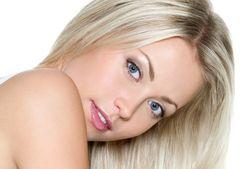 Откуда у блондинок голубые глаза