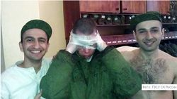Нравы в армии: солдату скотчем привязали тапочки к голове