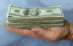 Древний постулат под вопросом: ученые доказали, что деньги приносят счастье