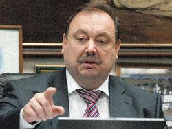 Депутат Госдумы говорит об угрозах со стороны известных людей
