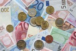 Эксперт: Украина должна решиться на девальвацию, иначе... катастрофа
