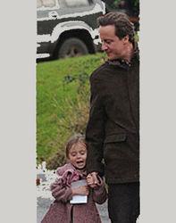 Дэвид Кэмерон не понял супругу и оставил дочь в таверне