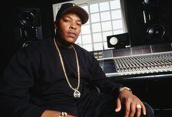 Репер Dr. Dre инвестировал 70 млн. долларов в академию искусств