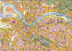 Река Эльба делит Дрезден на две части
