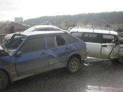 Несколько машин попали в ДТП на Харьковщине