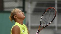 Как теннисистка Вера Душевина рекламировала… электронные сигареты
