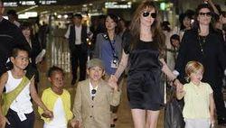 СМИ о беременности Анджелины Джоли. Слухи в Facebook