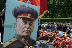 Советскую символику запретили в Тернополе – и тут же суд отменил запрет