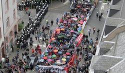 В Германии происходит шествие антиглобалистов – последствия