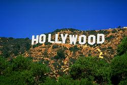 Фильмы Голливуда глазами Forbes и соцсети Facebook и ВКонтакте