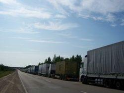 На белорусско-польской границе фуры стоят по 39 часов