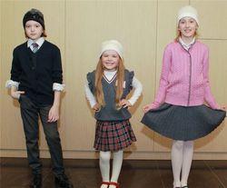 Онищенко: школьная форма должна быть бесплатной