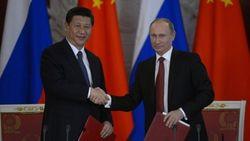 Президент РФ обсудил двусторонние отношения с председателем КНР