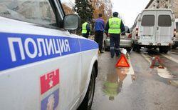 В Москве маршрутка с людьми столкнулась с КамАЗом – последствия