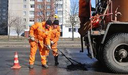 Лукашенко объяснил причину плохих дорог в Беларуси