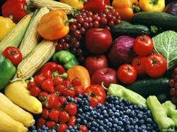 Выбора нет: в британские супермаркеты поступили уродливые овощи и фрукты