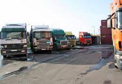 Фуры с грузами из Украины неделю стоят на границе с Россией