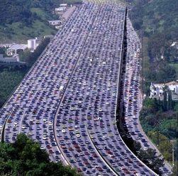 В Китае массовая авария: столкнулось 56 автомобилей
