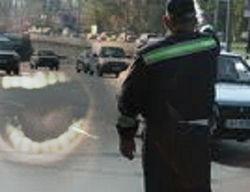Во Львове молодой водитель вцепился зубами в руку инспектора ГАИ