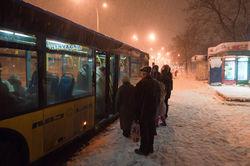 В Киеве – режим ЧС, население сметает продукты в магазинах