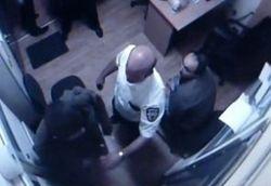 """Супруга охранника из """"Каравана"""" рассказала правду об инциденте"""