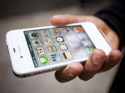 """Купить iPhone в России можно будет теперь через """"Связной"""""""