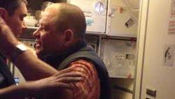 В Беларуси задержали дебошира рейса Москва-Хургада за причиненные убытки