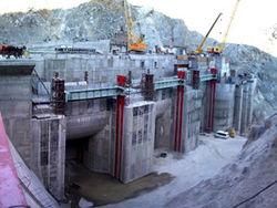 Каримова ложно информируют об энергетических проектах–президент Кыргызстана