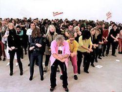 Аниш Капур станцевал Gangnam Style , поддержав Ай Вэйвэя