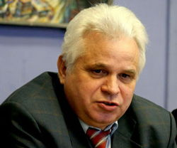 Виктор Корнеенко