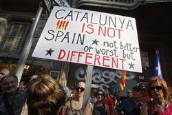 Экзит-полы говорят о преимуществе националистов в Каталонии