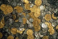 Археологи нашли клад серебра и золота в Казахстане