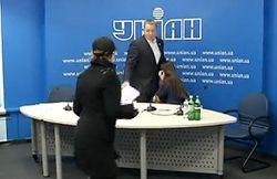 Экскременты, брошенные в Колесниченко, могли быть ненастоящие