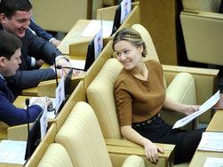 PR, политика и кино: депутат Госдумы Кожевникова станет лысой из-за роли