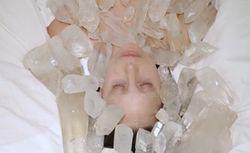 PR и шоу-бизнес: Леди Гага обнажилась ради Абрамович