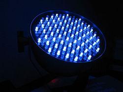 Лампы накаливания с фотонными кристаллами в 3 раза эффективнее прежних