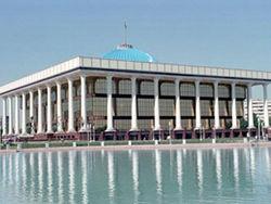 В Узбекистане контролировать общественность будут на законном уровне