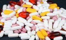 Борясь с контрабандой, нардепы хотят поднять цены на популярные лекарства