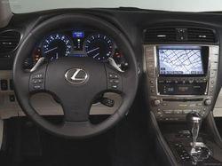 Флагманский Lexus доработан тюнерами из Wald