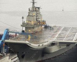 Китай успешно «оседлал» свой первый в истории авианосец